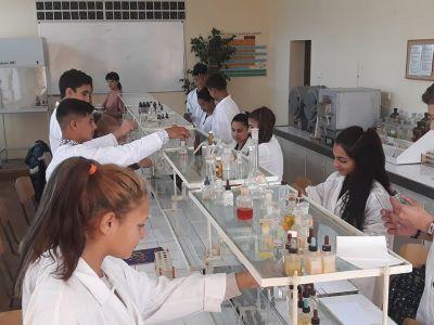 специалност: Технологичен и микробиологичен контрол в химични производства - Изображение 3